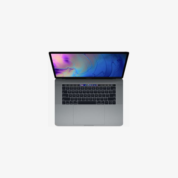 MacBook Pro 15-inch Core i7 2.2 GHz 256 GB SSD 16 GB RAM Zilver (Mid 2018)